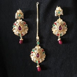 New Indian Jewelry Set! Tikka and Earrings